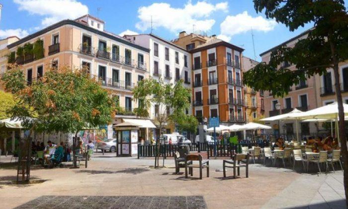 plaza Juan Puyol de Madrid