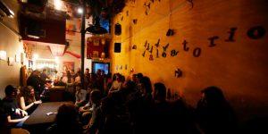 Aleatorio Bar, el café literario de referencia en Malasaña