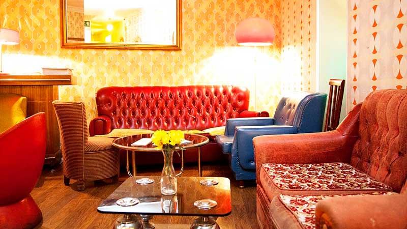 sofás del interior de Lolita Vintage