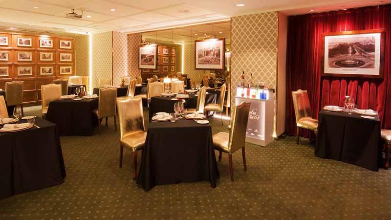 Zona interior del restaurante Gastrovía 61