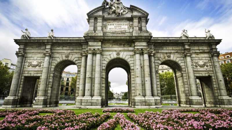 la mítica Puerta de Alcalá