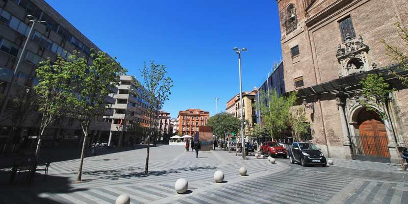 parte de la plaza de la luna en madrid