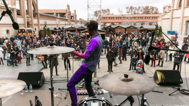 Concierto de música en la plaza de Matadero