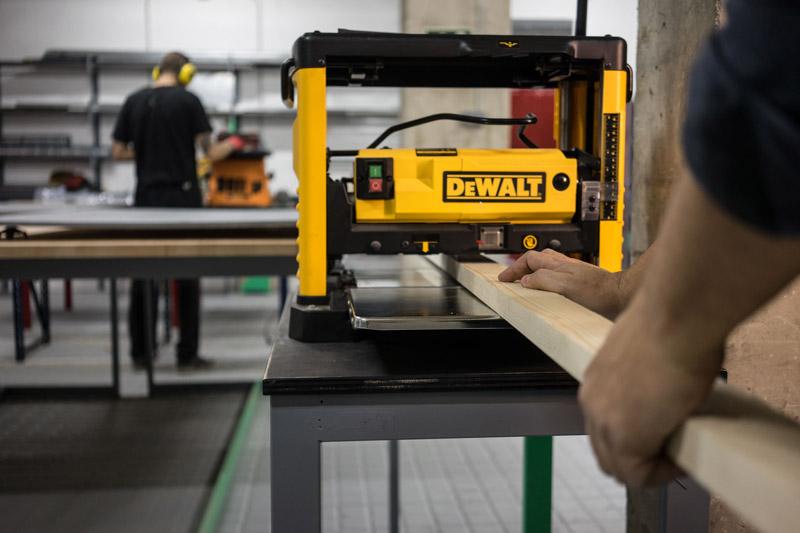 Máquina para trabajar en madera.