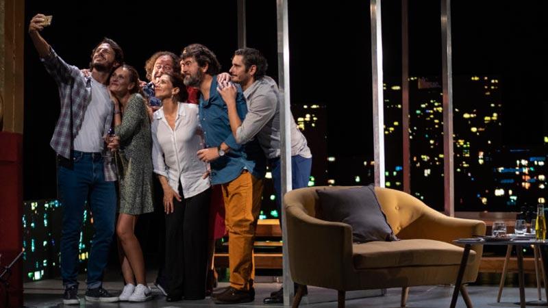 Todos los actores de Perfectos Desconocidos en escena
