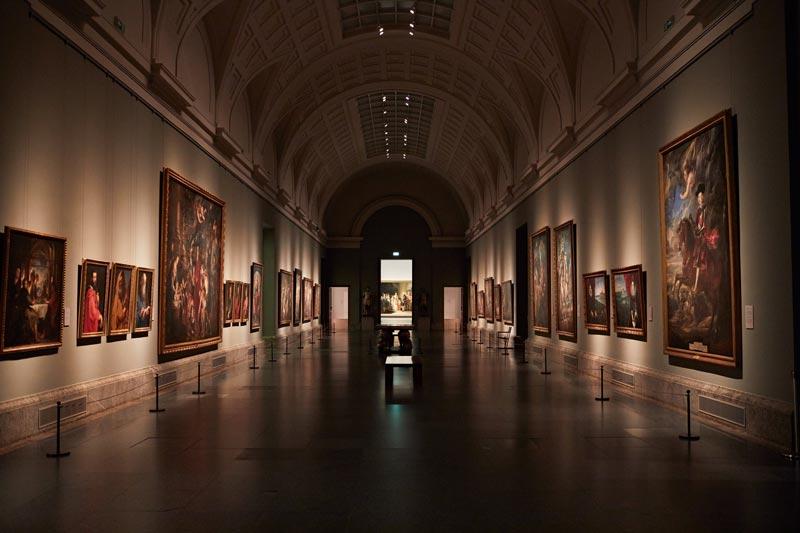 Pasillos del Museo del Prado-Pintores y Reyes del Prado